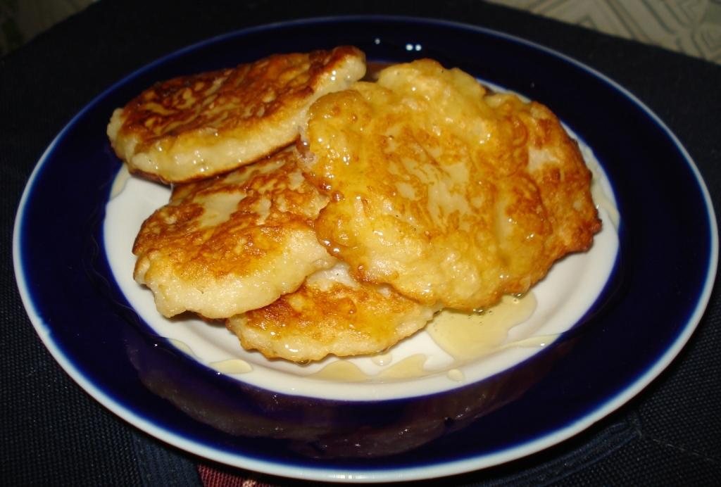 Фото на тему: Оладьи из геркулеса на кефире с яблоками рецепт