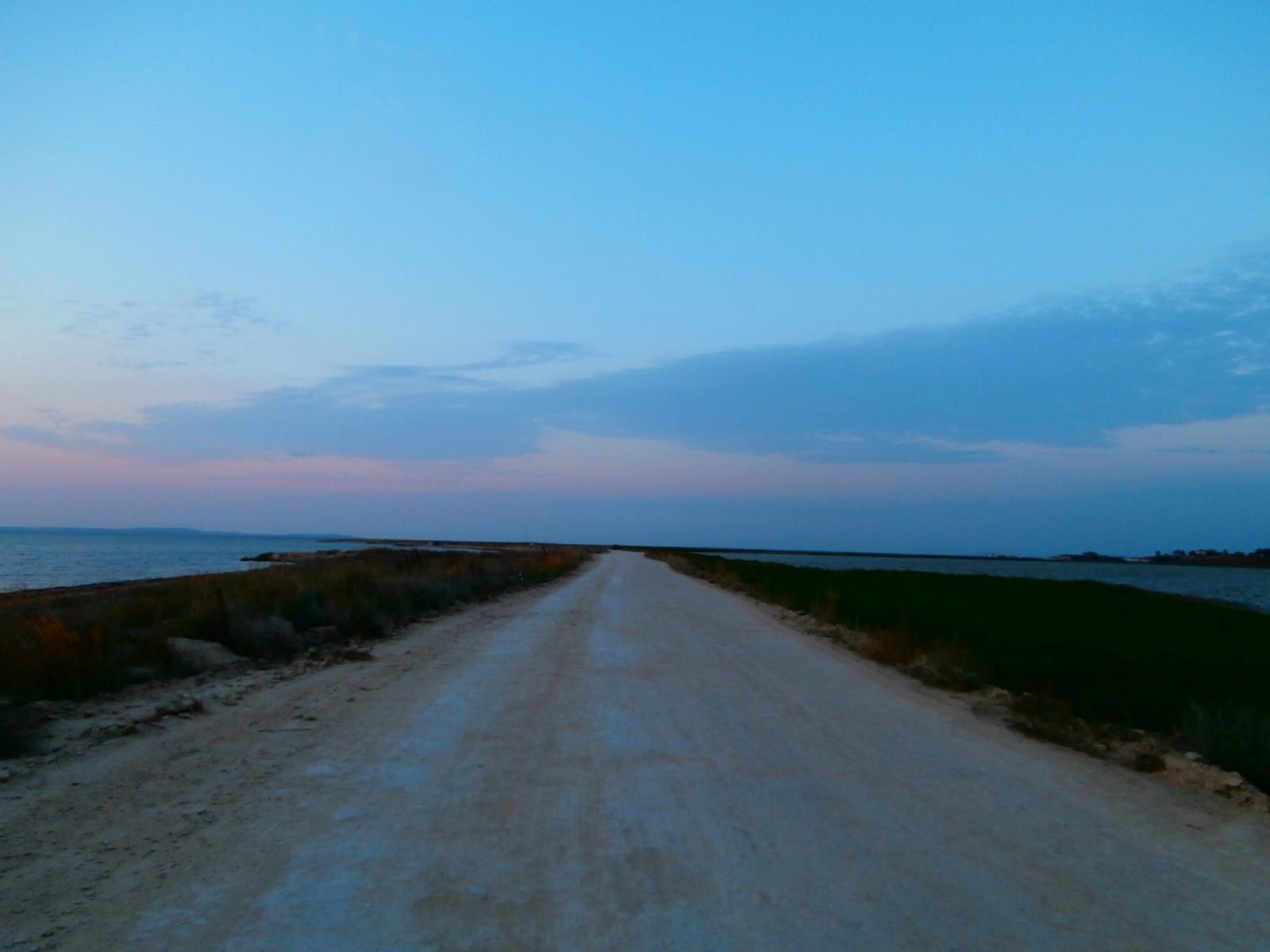 Дорога по косе Тузла