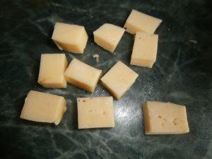 блюдо из сыра