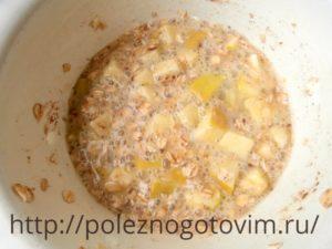 ovsyanaya-sharlotka-na-skovorode-2
