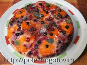 летний пирог на сковороде