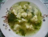 Миниатюра к статье Очень простой суп с манными клецками