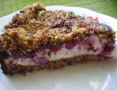 Миниатюра к статье Песочный пирог с творогом, ягодами и овсянкой