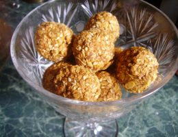 Миниатюра к статье Бесподобные домашние конфеты из геркулеса