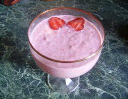 Миниатюра к статье Диетический десерт из ягод и геркулеса