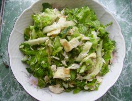 Миниатюра к статье Вкусный салат с курицей