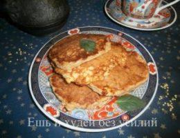 Миниатюра к статье Необычный завтрак: оладьи из пшенной каши с творогом