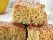 Миниатюра к статье Простой пирог с клубникой и овсянкой