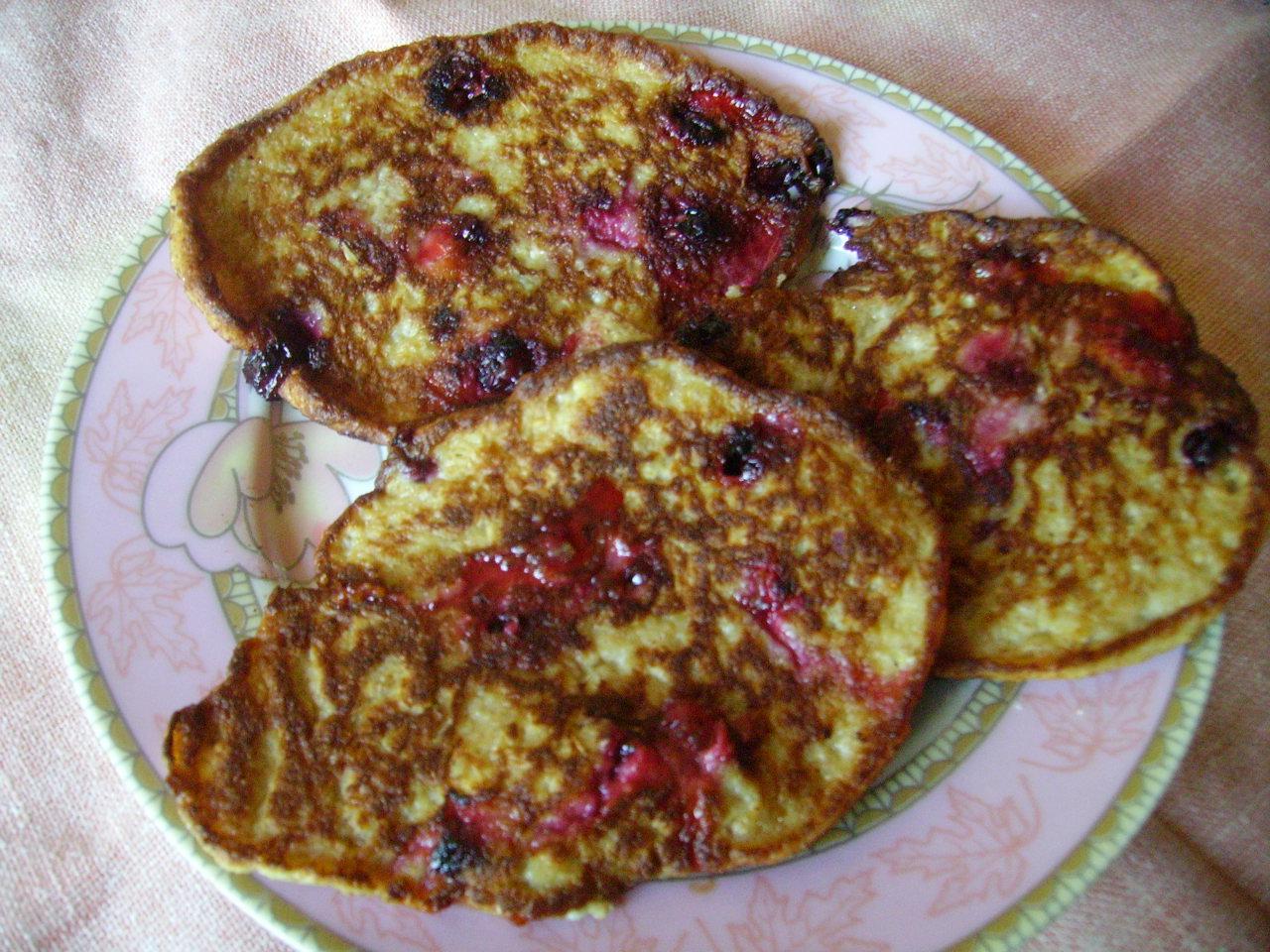 Миниатюра к статье Овсяные оладьи с ягодой