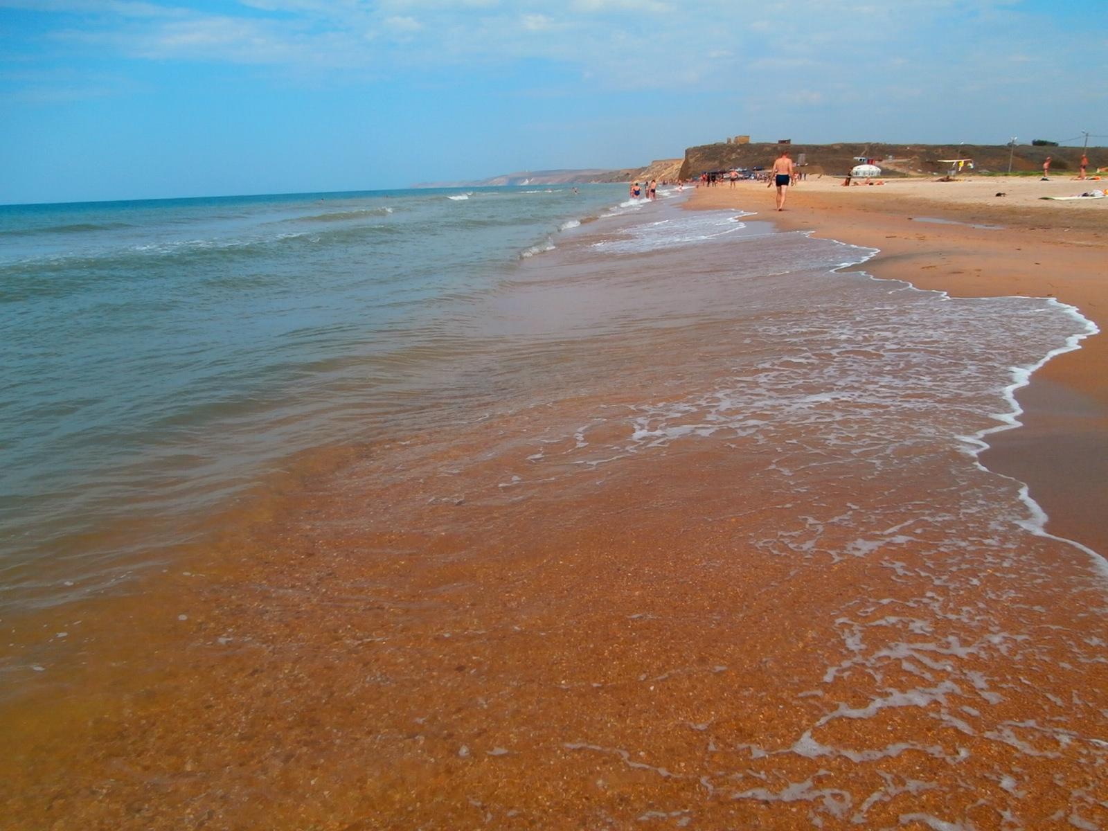 Черное море рядом с озером Соленым