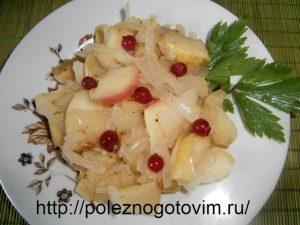 Миниатюра к статье Жареные яблоки с луком – вкусный гарнир к мясу или курице