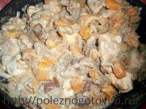 тушеная курица с тыквой