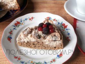 Миниатюра к статье Нежный торт с творогом и фруктами: вкуснятина для худеющих сладкоежек