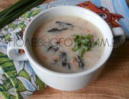 Миниатюра к статье Молочный суп с грибами и манной крупой: необычное сочетание и приятный вкус