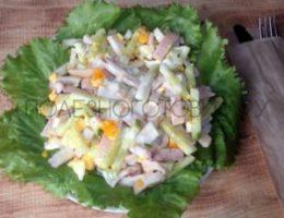 Миниатюра к статье Белковый салат из кальмаров с огурцом и яйцом: вкусный, сытный и диетический