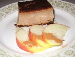 Миниатюра к статье Творожно-яблочный пирог на кефире